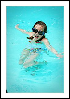 Swimmingfun 029 copyrsz